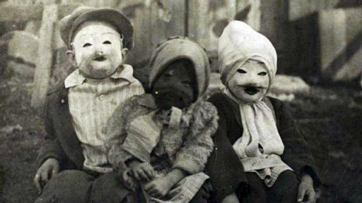 Old time Halloween costumes. Real time creepy.